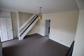 3 BED MID TERRACE TO LET