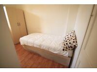 FANTASTIC SINGLE ROOM IN CAMDEN NEAR THE STATION ONLY FOR TODAY 129PW