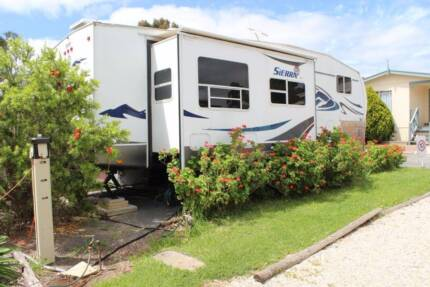 fifth wheeler with annex Lonsdale Morphett Vale Area Preview