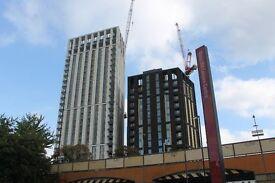 @ Stunning Brand New one bedroom apartment - Lewisham Station - High end furnishings !