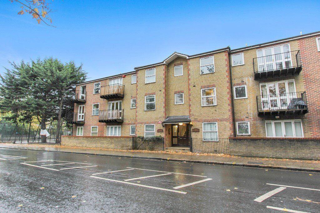 *BERMONDSEY - Newly Refurbished Modern 1 Bedroom Apartment*