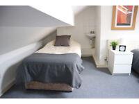 Loft room to let in Darlaston, Bills inclusive of rent, No Deposit move in today!