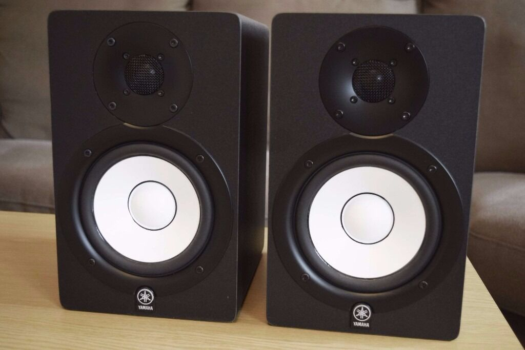 yamaha studio monitors hs50m pair reference flat response recording studio speakers in. Black Bedroom Furniture Sets. Home Design Ideas