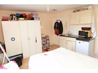 ALDGATE,E1,STUDIO FLAT INCLUSIVE ALL BILLS