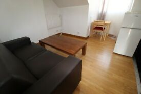 AMAZING DEAL-INCLUDES BILLS! SUPER 1 BEDROOM FLAT ONLY 1 MIN WALK TO ZONE 2 NIGHT TUBE & 24HR BUSES