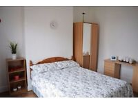 Double room in lovely house in Tooting Bec. Available from 31/07