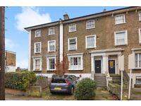 VIEW TODAY A well presented top floor one bedroom flat in Brockley - Tyrwhitt Road