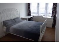 Immaculate Newly Refurbished Double Room / Brand New IKEA Furniture / Isle of Dogs / Avail 5th Dec