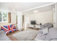 3 bedroom house in de Beauvoir Road, Haggerston, N1