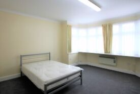 Spacious studio flat with separate kitchen with communal garden Available now
