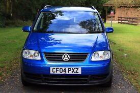 Volkswagen Touran 1.9 TDI, 2004,102 000miles, MPV 7 seats, £ 2100, MOT due 20.07.17, service history