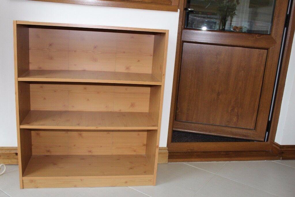 3 shelf floor standing bookcase