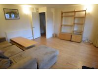 3 bed 2 bath in Battersea , SW11 * NOT TO BE MISSED*