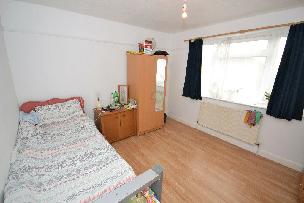 Room To Rent In Harrow London