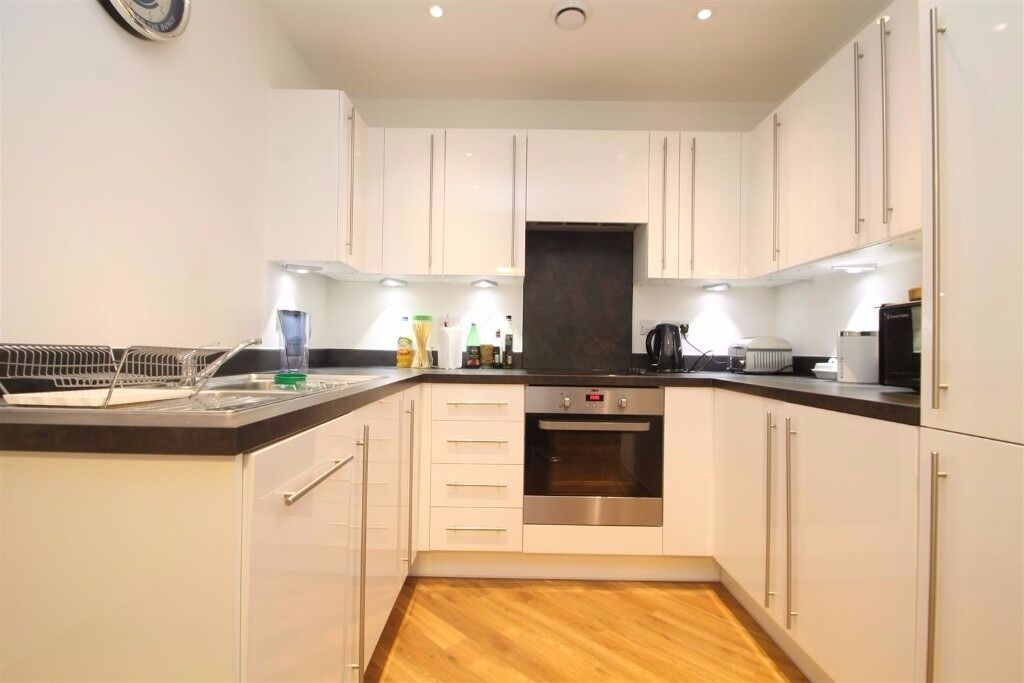 New South Quarter: 2 bedroom 2 bathroom, fully furnished. THIS WILL GO QUICKLY