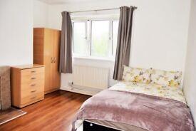 1 bedroom in George Belt House, Room 1,, Smart Street,, Bethnal Green, E2