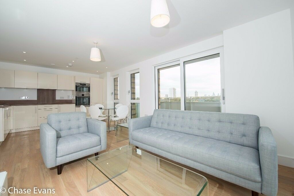 VACANT!! MODERN STYLE 3 BED FLAT WITH BALCONY AND GYM NEXT TO BROMLEY BY BOW, E3, CALL NOW!! - AW