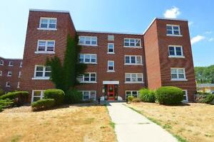 2 BDRM AVAILABLE AT ROSE COURT!