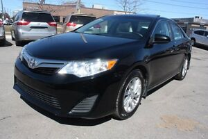 2014 Toyota Camry LE ALLOY WHEELS AND SUNROOF