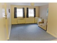 Studio offered near West Drayton Station. Ideal for professionals!