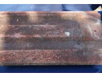 MARLEY / REDLAND ROOF TILES. APPROXIMATELY 400 TILES IN VERY GOOD CONDITION. NORTH LONDON