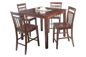 Avon Five Piece Dining Set Counter Height In Mahogany