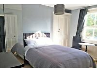 Double room with amazing built-in storage, NO DEPOSIT, ALL BILLS INCLUDED
