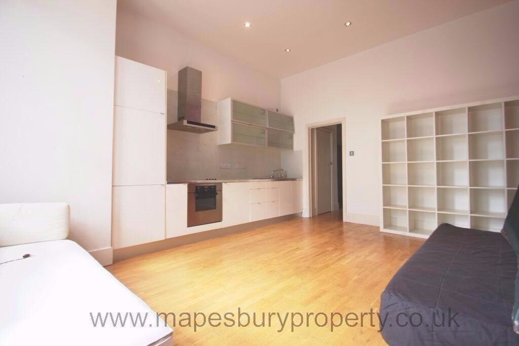 Modern 2 bedroom apartment next to Portobello Road & Notting Hill Gate