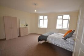 2 Bedroom Flat in Tooting Bec available from 10th May £1,650