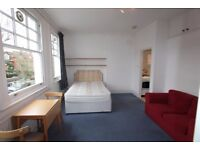 DR4 - Willesden Green-Self Contained, Newly Refurbished STUDIO Flat, Furnished, Bright & Quiet - NW2