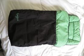 Ladbird Foot Muff Black/Green