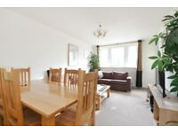 Recently refurbished three bedroom apartment - Rodney House