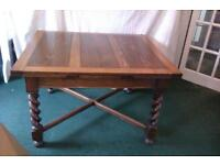 Oak table (extending) with 8 chairs and sideboard