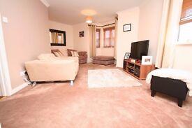 3 Bed Modern Apartment, Lloyd Ct, Rutherglen