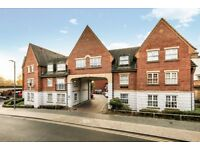 Refurbished two double bedroom flat moments from Walthamstow Central Station LT REF: 1656159