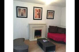 3 bedroom flat in Glasgow G3, Spread the cost of moving with Amigo Home