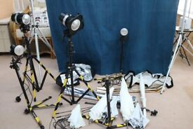 Portaflash Lighting equipment with backdrop and stands