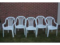 5x white plastic garden patio chairs