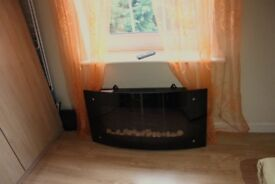 Carolina Wall Hung Fire in good condition, in full working order, remote included.
