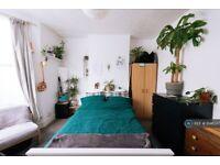 4 bedroom house in Ada Road, London, SE5 (4 bed) (#1046567)