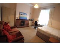 Lovely Double Bedroom In Finchley NW11 - All Bills Included