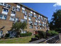 Superb two/three bedroom split level flat located close to Brixton station, SW9
