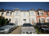 LARGE 1 BEDROOM GROUND FLOOR FLAT WITH PRIVATE GARDEN AVAILABLE NOW IN GOODMAYES IG3