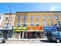 3 bed/bedroom flat in Burdett Road, Mile End, London E3