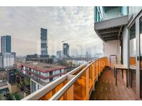 Lovely 2 Bedroom Flat to Rent in Stratford - Large Balcony with access from all rooms