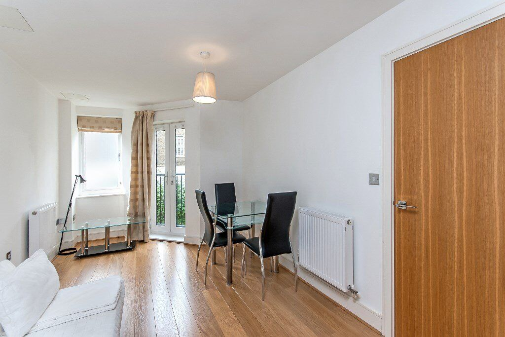 A stunning newly refurbished property in Maida Vale - Call Shelley to view 07473792649