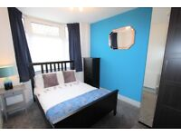 En-suite double room to rent in shared house