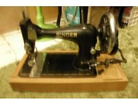 Singer Vintage Hand Rotating Sewing Machine With Modern Carry Case Plus Modern Case & Draw