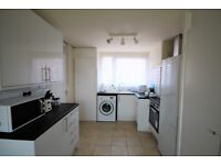 Great four bedroom flat few moments walk from the bustle of Brick Lane in the heart of Shoreditch.