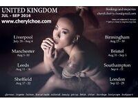 Freelance model travelling UK !